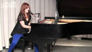 "Tori Amos ""Nautical Twilight"" Live on Soundcheck"