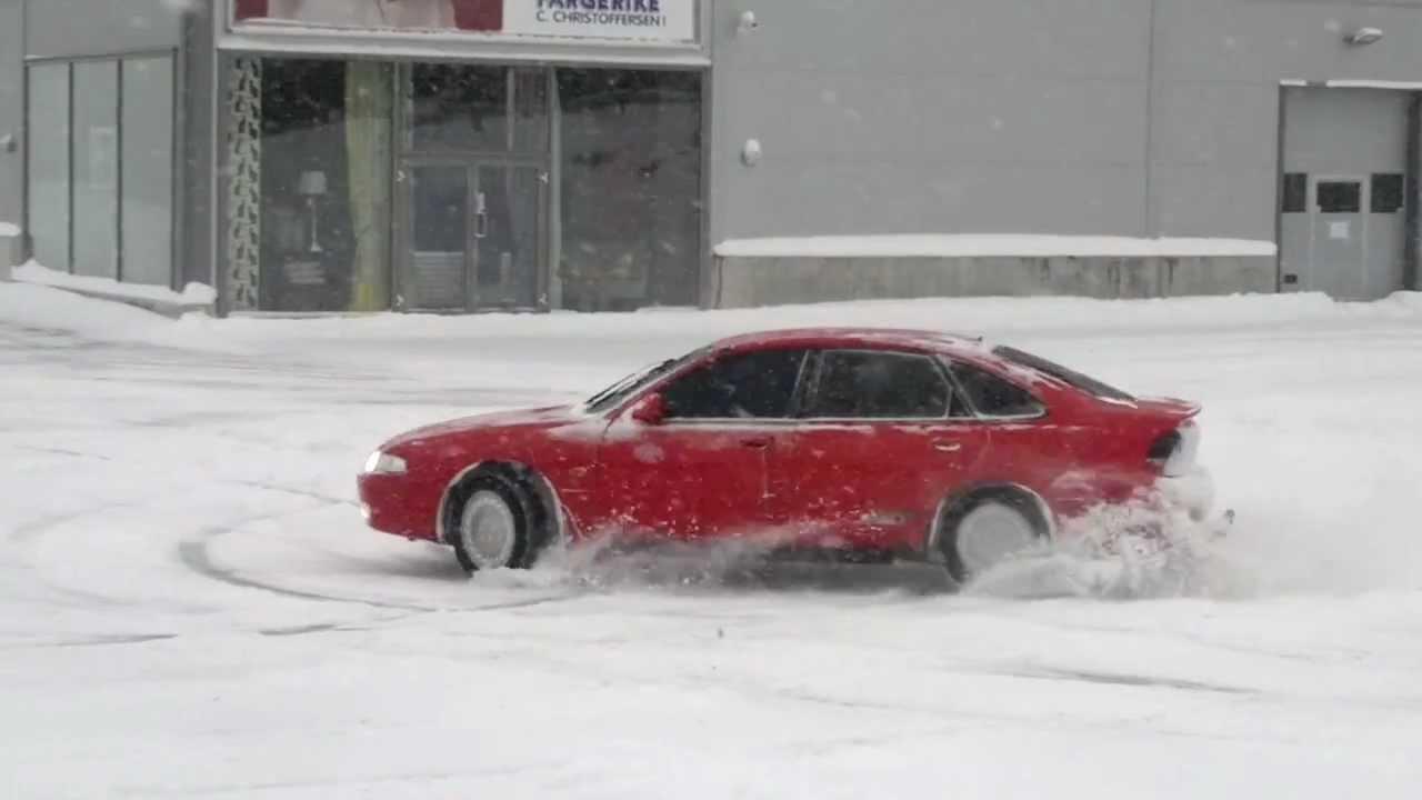Mazda 626  4wd winter drift
