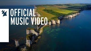 Смотреть клип Gareth Emery & Ashley Wallbridge - Kingdom United