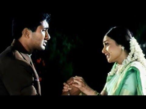 Holi Scene - Sandhya Sacrifices His...