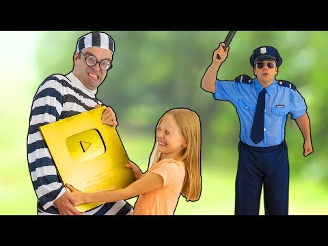Amelia and Avelina golden play button arrival adventure and get help from the police