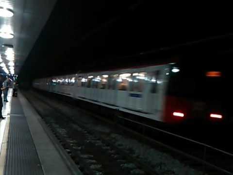 Transports Metropolitans de Barcelona - 4000R en Plaça Catalunya