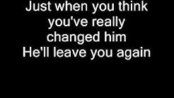 Kenny Rogers - Don't fall in love with a dreamer (Lyrics)