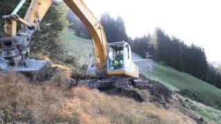 Güterzusammenlegung/Strassenbau auf der Ruiser Alp oberhalb von Rueun im Kanton Graubünden