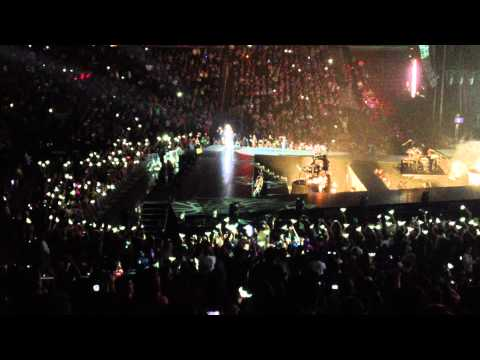 2ne1 - Park Bom solo You and I live at New Jersey 2012