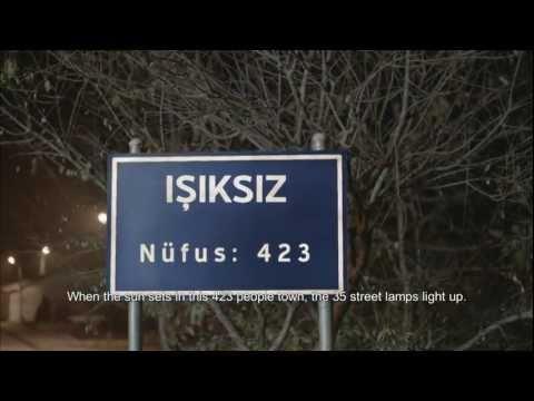 Işıksız kasabasının futbol derbisi. / short film.
