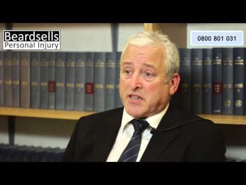 Knee Injury Compensation Claims (BeardsellsPersonalInjury.co.uk)