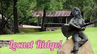 1348 DOLLY PARTON Childhood Home FAMILY CEMETERY & Statue SEVIERVILLE TN - Locust Ridge (8/10/20)
