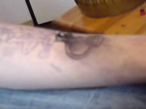 Jak Wygląda Robienie Tatuażu Z Dedykami Dla Tych Co Się Boją