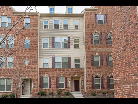 7820 Culloden Crest Ln, #24F Gainesville VA 20155 - Just Listed!