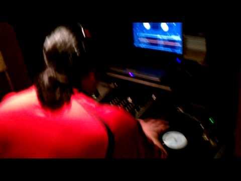 Dj Ralph M (Funkdoobiest) Mixin' Live Pt 3