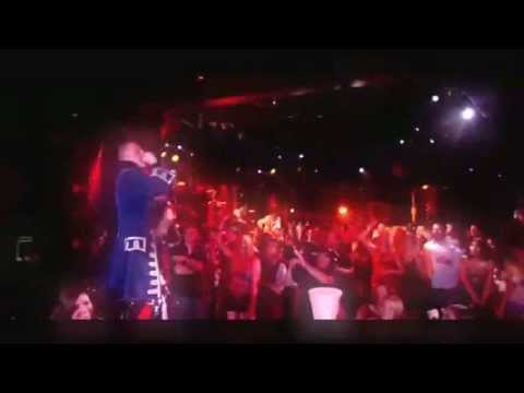 Macklemore - Thrift Shop live At Billboard Music Awards 2013 New !