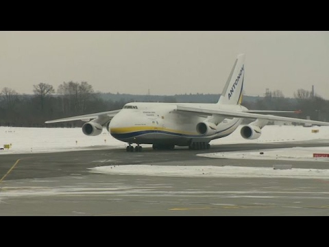 ✈ An-124 RUSŁAN - Kolos wylądował na lotnisku w Łodzi - Transport helikoptera do Senegalu
