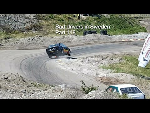Bad Drivers in Sweden #118 Texters, tailgaters and folkrace!