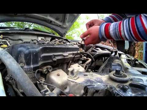 Как откачать масло в двигателе. (Перелив)