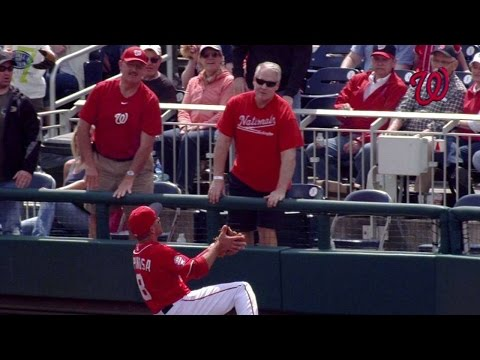 PHI@WSH: Espinosa slides for a nice grab...