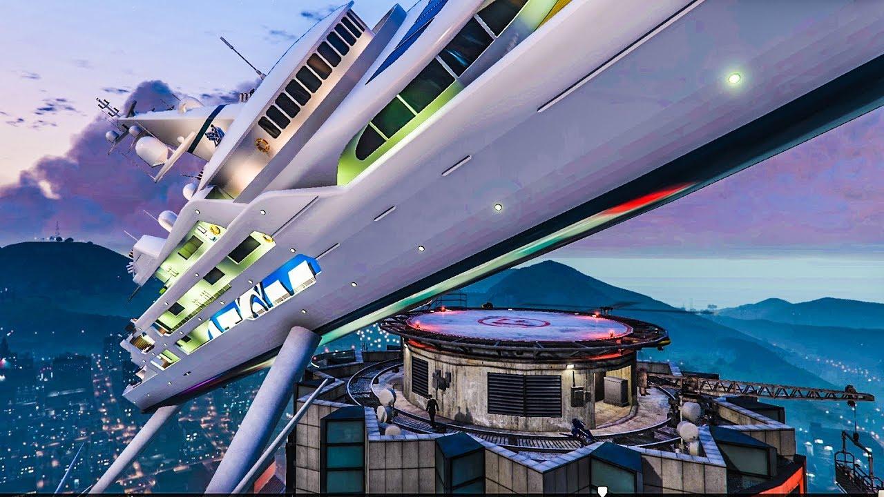 Wolkenkratzer Yacht