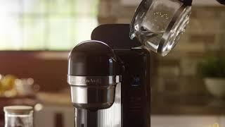 Video: KitchenAid Kávovar s přípravou kávy jedním stisknutím 5KCM1204EOB černá