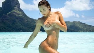 ALEXIS REN BARELY COVERED NUDE PHOTO SHOOT