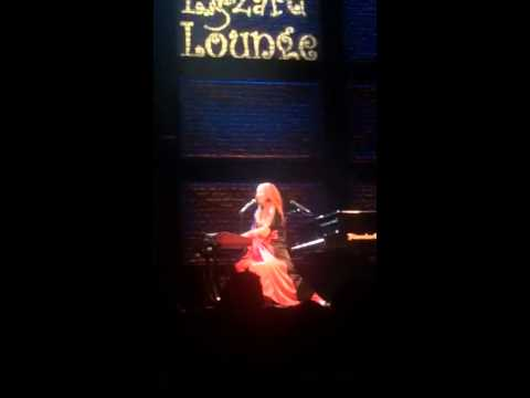 Tori Amos - Dust in the wind/Africa