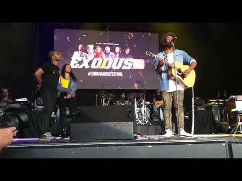 Kirk Introduces JABARI JOHNSON & KORYN HARTHORNE On Main Stage At #EXODUSMUSICFESTIVAL