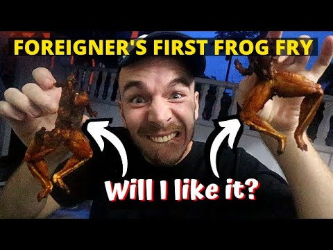 Having frogs for dinner in Malaysia! (What else do they eat in Asia?) - MALAYSIA FOOD TOUR & TRAVEL