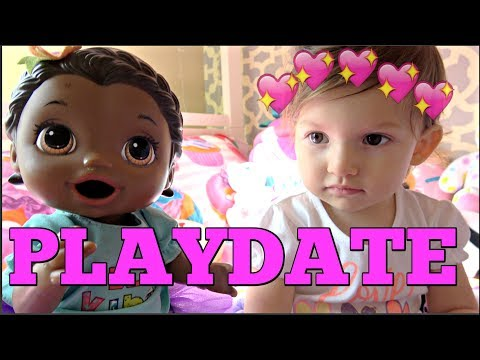 BABY ALIVE has a SURPRISE PLAYDATE! The Lilly and Mommy Show. The TOYTASTIC Sisters. FUNNY SKIT!