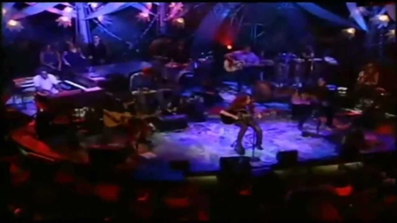 Download Inevitable ( Live ) - Shakira