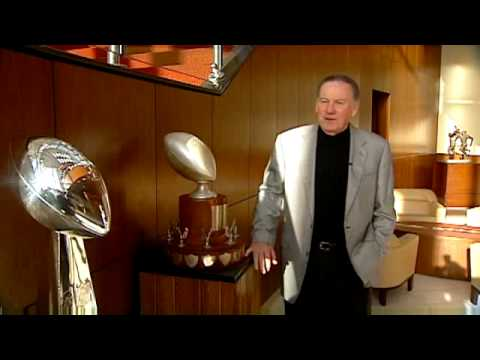 Len Dawson On Chiefs Trophies