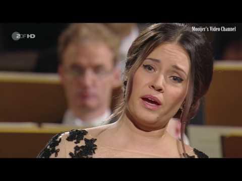 Sonya Yoncheva  Georg Friedrich Händel Rinaldo   Lascia ch'io pianga