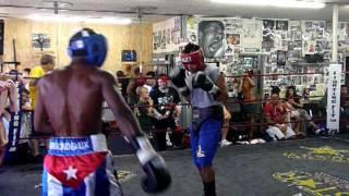 Guillermo Rigondeaux technical sparring
