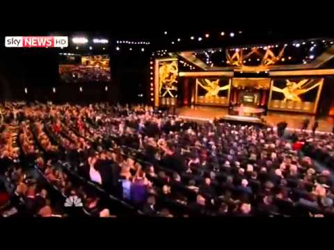 Emmy Awards 2014 Highlights: Robin Williams Tribute & All Winners (VIDEO)