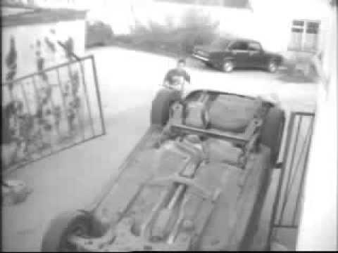 девушка перевернула машину