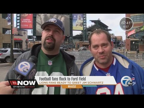 Football fans flock to Ford Field for Bills vs. Jets game