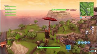 FORTNITE SPAWN ISLAND HAS A HEALTH BAR GLITCH!!