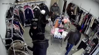 Одесса 19 12 2016 кража в магазине одежды  Камера 2(, 2016-12-23T21:03:59.000Z)