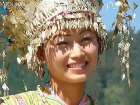优美的苗族音乐 Txog Caij Koj Mus Nrig Hmoob Teb Chaw (H