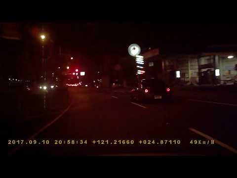8G-5116夜間闖紅燈PICT3151