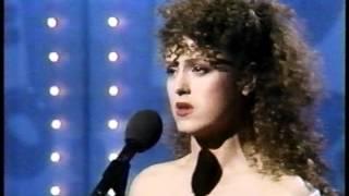 """Bernadette Peters Sings """"Let Me Sing and I"""