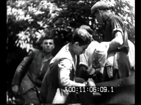 Piemonte - Alessandro Pavolini fra i fascisti della 1a Brigata Nera mobile.