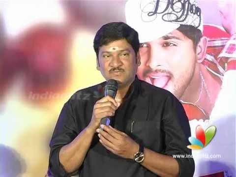 Rajendra Prasad Speech at Julayi Platinum Disc Function