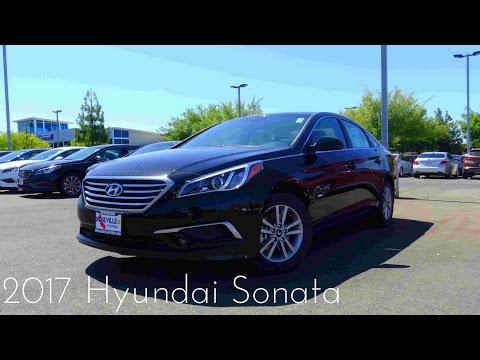 2017 Hyundai Sonata SE 2.4 L 4-Cylinder Review