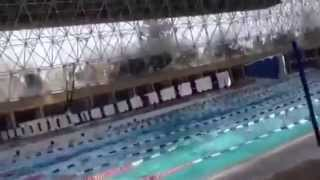 The effect of the earthquake of magnitude 7.2 in swimming pool in Mexico.