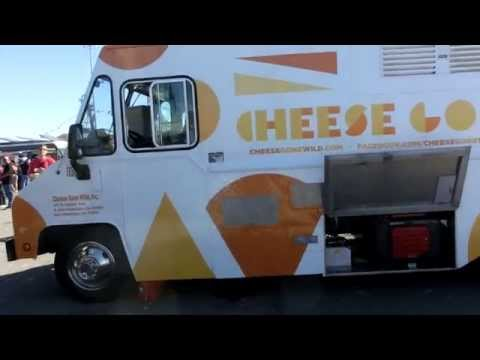 Cheese Feeding Catering Truck with Honda 6.5K Generator