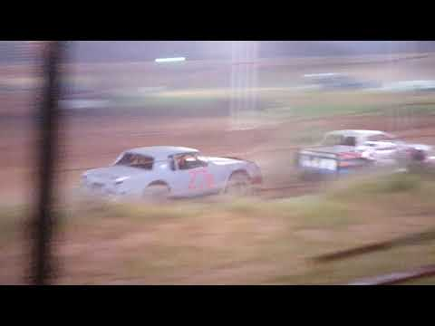 Factory Stock Feature Race @ 105 Speedway 10/6/18