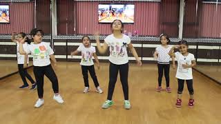 Bom Diggy Easy Dance Steps For Kids | Sonu Ke Titu Ki Sweety | Choreography | Step2Step Dance Studio