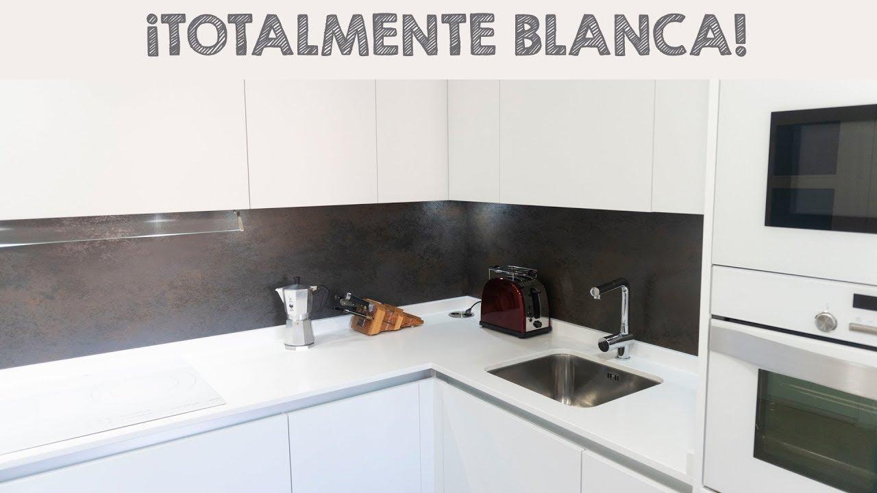 ESPECTACULAR COCINA BLANCA EN FORMA DE L