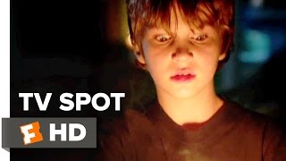 Lights Out TV SPOT - Be Afraid (2016) - Gabriel Bateman Movie