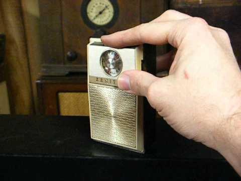 Zenith Royal 59 Pocket Am Transistor Radio From The Mid  U0026 39 60 U0026 39 S
