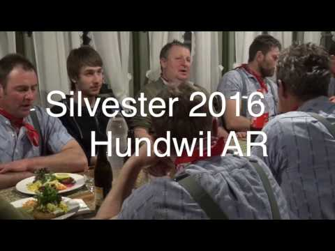 Slivester in Hundwil mit «Schö-Wüeschte» Slivesterkläusen